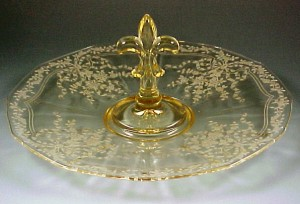 Fostoria June Etched Pattern Topaz Yellow Center Handled Server