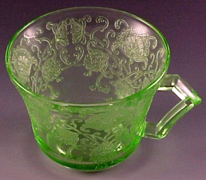 Florentine Poppy 2 Green Depression Glass Cup