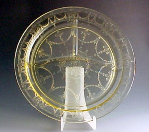 Cameo Topaz Yellow Depression Glass Grill Plate