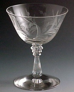Finding Vintage Glass at an Auction – Step 1  Learn the Lingo