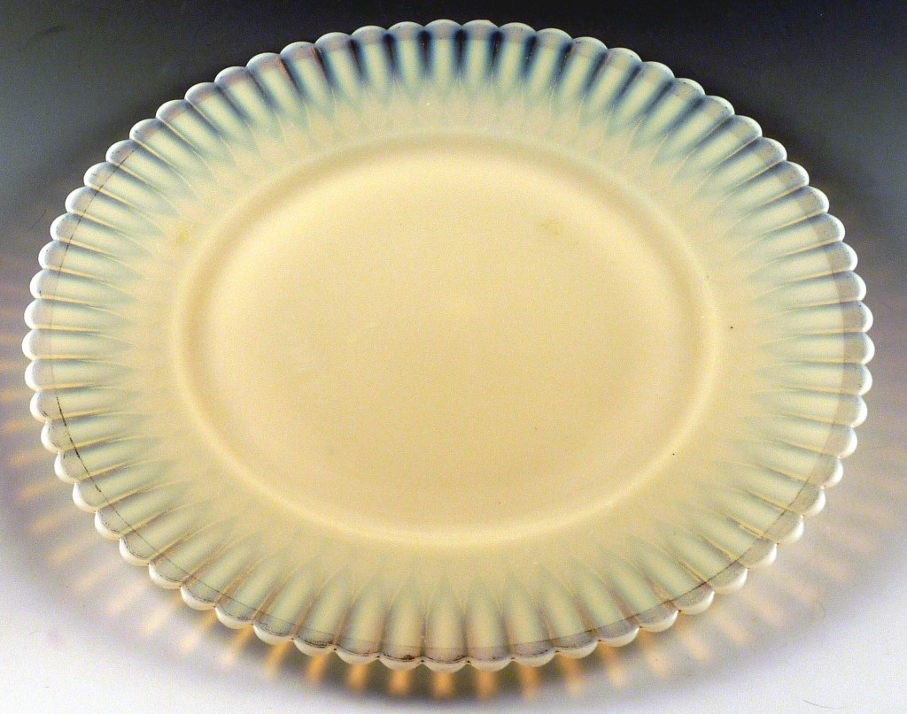Petalware Ivrene or Cremax Depression Glass Lunch Plate