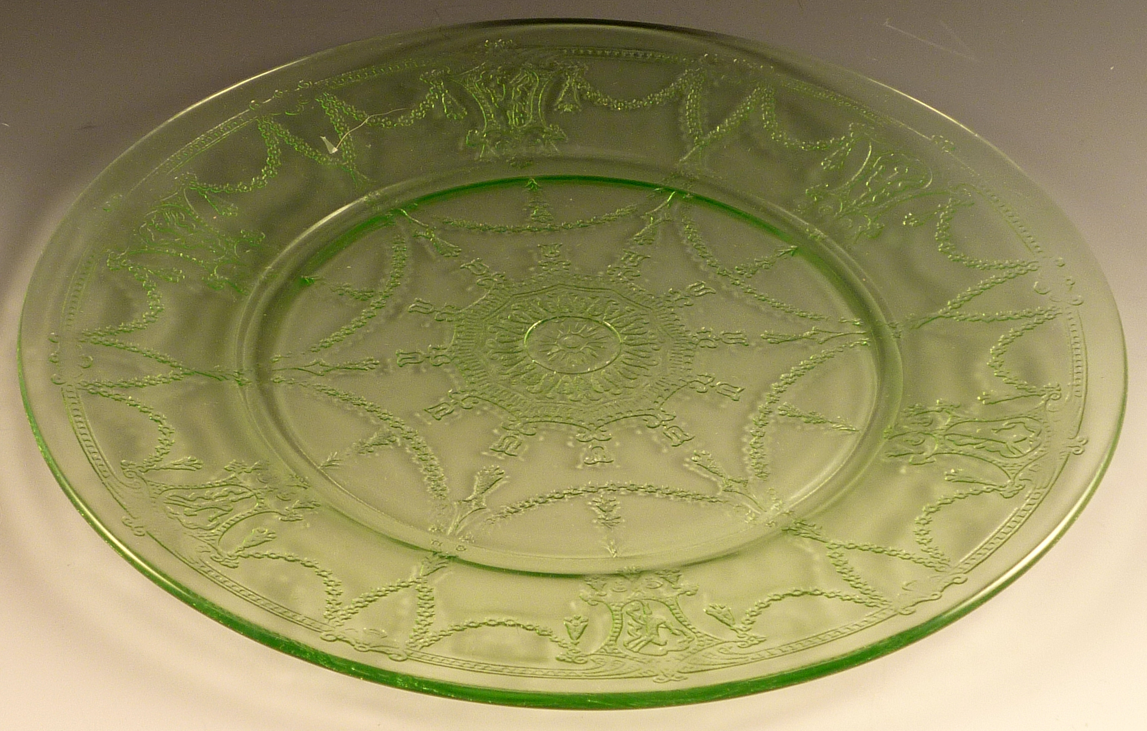 Cameo Green Depression Glass Dinner Plate & Cameo Depression Glass Dinner Plates Product Review Video