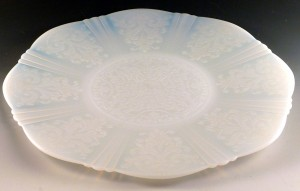 American Sweetheart – Dainty in White Depression Glass