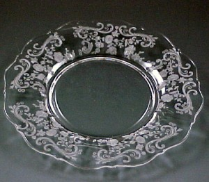 Cambridge Chantilly Etched Crystal 3900 Luncheon Plate
