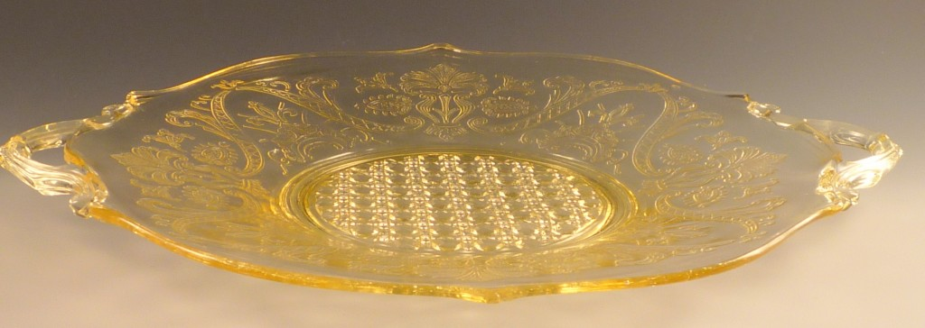 Cane Landrum Yellow Depression Glass Two Handled Plate Lancaster