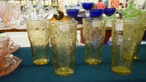 Five Tips to Enjoy a Glass Show – Tip #3 Ask Questions